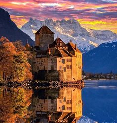 Beautiful sunset and reflection off the lake with Chillon Castle in the background by @doounias. Check out @luxurybackpacking for more shots like this!  If you want to be featured here DM or tag me in your photos.  #mytravelgoals #mtg #mytravelgram #mytripmyadventure #travel #travels #travelbug #travelgoals #trek #instaglobal #wanderlust #switzerland #switzerlandwonderland #swiss #chillon #chilloncastle #castle by my_travel_goals