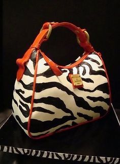 Dooney and Bourke purse cake freakin AWESOME!!!