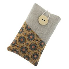 Fabric iPhone 5 case / iPhone 4 protector / iPod by TeresaNogueira, €11.00