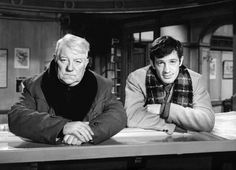 Jean Gabin et Jean-Paul Belmondo à la santé de Henri Verneuil. Un singe en hiver - Jean Gabin, Jean-Paul Belmondo