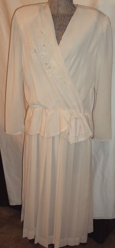 1980's Vintage  Holiday  Wedding Polyester Dress by Liz Roberts Size 12 Creamy Beige Semi Sheer.