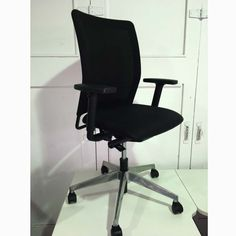 Second Hand Wiesner Hager Mesh Task Chair