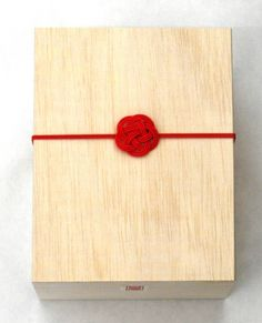 Japanese Packaging, So Creative, Gift Packaging, Origami, Wraps, Clock, Gift Wrapping, How To Make, Handmade