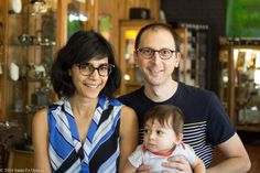 Cute family alert! Karl and Gitanjali recently picked out fab new specs.We love the classic look of the Lunor A5 215 on Karl, and the sexy, swirly green Modern Love by Anne et Valentin is perfect for Gitanjali! #eyeglasses #optical #eyewear #glasses #fashion #family #style