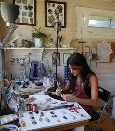 Jewellery Making Studio // Workshop // Inspiring Work Places // Jeweller Garden Shed // Jewelry // Artist Studio Shed, Workshop Studio, Art Studio At Home, Garden Studio, Jewelry Studio Space, Artist Workspace, Art Shed, Home Office, Barn Renovation