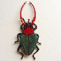 """Этот жук обитает в лесах, и маскируется во мхах """"Исландский"""" вышит руками на…"""