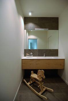 Bathroom Lighting, Mirror, Studio, Furniture, Home Decor, Houses, Bathroom Light Fittings, Bathroom Vanity Lighting, Decoration Home