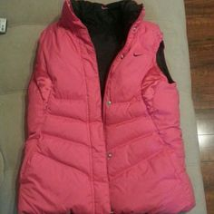 Nike Puffer Vest Hot Pink