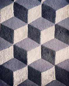 Escher kleed Lindström Rug