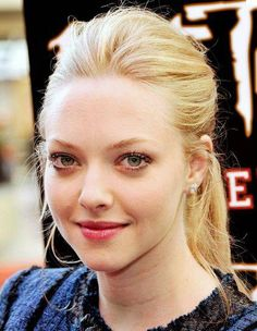Amanda Seyfried hairstyles in this post, check her latest hairstyles, she is really beautiful :)