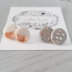 This gorgeous duo earring set is a classic set perfect for those everyday or special occasions. These earrings come in a set of a pair of 12mm diameter studs The earring posts are hypoallergenic surgical steel quality. These studs are made to order. The colours will be the same Diy Clay Earrings, Polymer Clay Jewelry, Resin Jewelry, Diy Jewelry, Handmade Jewelry, Jewelry Making, Ideas Joyería, Concrete Jewelry, Polymer Clay Projects