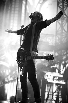 Jared Leto. Thirty Seconds To Mars. Grand Palais, Paris, 09-07-2013.