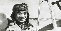Half Blind Japanese Pilot Flies His Damaged Zero For 5 Hours, Then Refuses Medical Attention Before Making His Report