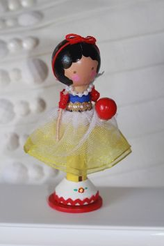 snow white clothes pin doll