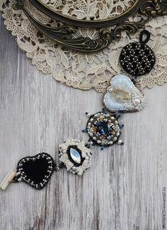 """Браслет """"Ключ от сердца"""" - чёрный,браслет,вышивка ручная,вышивка,речной жемчуг"""