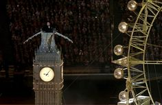 Timothy Spall portraying Sir Winston Churchill on top of The Clock Tower during the London Olympic Games 2012 Closing Ceremony at the Olympic Stadium, London. RESS ASSOCIATION Photo. Picture date: Sunday August 12, 2012. See PA story Olympics . Photo credit should read: David Davies PA Wire. EDITORIAL USE ONLY (© PA Wire Press Association Images)