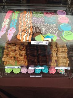 Dana Point's Food, Wine and Music Festival 2014. Sawyer's Pet Bakery booth. Treats for dogs of all sizes