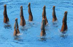 Syncronized swimming