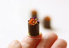 Dollhouse Miniature Pansies Mini Cake