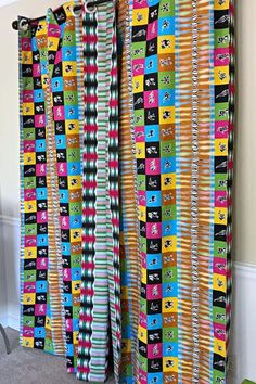 Get 2 curtain patterns for the price of house don't have to be so conventional. Our awesome African Print double sided window curtains transform a neglected essential into an awesome statement piece. Featuring a double-sided print.