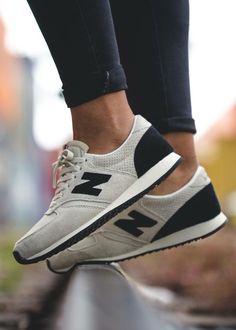 New Balance 420: White