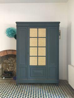 Grande armoire trois portes, cannage Grande Armoire, Tall Cabinet Storage, Furniture, Home Decor, Chart, Puertas, Homemade Home Decor, Home Furnishings, Interior Design