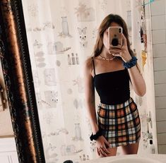 cute summer outfits ideas for teen girls 1 Teenage Outfits, Teen Fashion Outfits, Mode Outfits, Retro Outfits, Look Fashion, Outfits For Teens, Fashion Beauty, School Outfits, Fashion Skirts