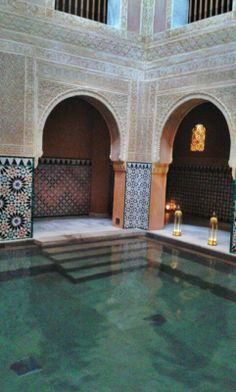 This haman is new in Malaga but built in the tradition of the arabic baths - beautiful hideaway for rainy days Turkish Bath House, Roman Bath House, Art Et Architecture, Islamic Architecture, Moroccan Design, Moroccan Style, Swimming Pool House, Swimming Pools, Malaga City