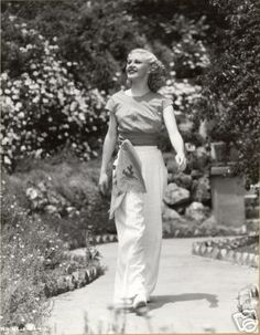 Ginger Rogers - can I please dress like this next summer?