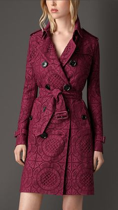 Cherry pink English Lace Trench Coat - Burberry