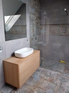 Aparici Carpet Natural Bathroom, Metro Tiles, Bathroom Design Small, Simple House, Bathroom Interior, Home Deco, Master Bathroom, Modern Farmhouse, Toilet