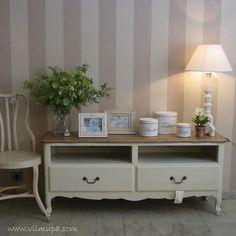 mueble de madera de stilo frances provenzal