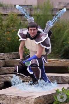 Awesome and creative cosplays of Pokemon. Found in anime geek conventionד worldwide. Cosplay Armor, Cosplay Dress, Cosplay Outfits, Cosplay Costumes, Pokemon Halloween, Pokemon Party, Family Halloween Costumes, Cool Costumes, Halloween 2019