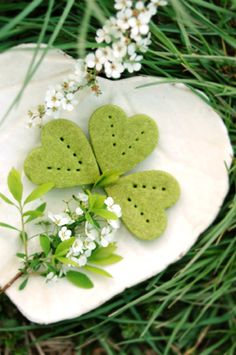 she who eats: edible shamrocks (use a shortbread recipe, add color and mint flavoring)