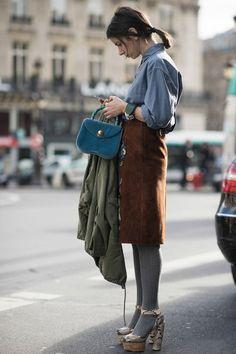 Title : Paris Fashion Week Autumn-Winter 2014 Street Style - Miu Miu Skirt and Prada Shoes Description : Paris Fashion Week Autumn-Winter 2014 Street Style - Miu Miu Skirt and Prada Shoes It's Paris Fashion Week Natasha Goldenberg seems. Look Fashion, Winter Fashion, Fashion Outfits, Womens Fashion, Fashion Mode, Paris Fashion, Fashion Tips, Fall Inspiration, Fashion Inspiration