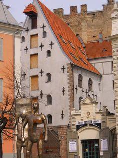 Riga - Riga es la capital y ciudad más grande de Letonia.