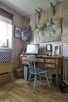 Multibager sydd med stoff fra Stoff og stil, malt stol, symaskinovertrekk av pose fra Søstrene Grene.