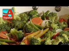¿Quieres cocinar más saludable tus verduras? Denisse nos muestra cómo hacerlo. ¡Y también podrías ganar un premio! Broccoli, Healthy Eating, Food, Youtube, Gastronomia, Vegetable Recipes, Healthy, Vegetables, Cook