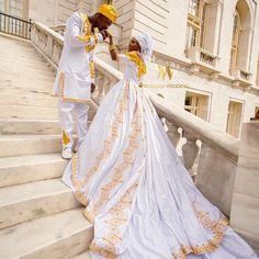É assim que se casa a Realeza. African Wedding Attire, African Attire, African Fashion Dresses, African Dress, Nigerian Wedding Dresses Traditional, Traditional Weddings, Ghana Wedding, African American Weddings, African Weddings