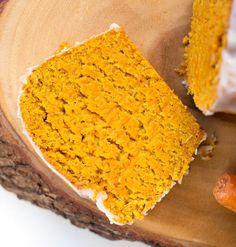 Glutenfreier Karottenkuchen mit Kokos und Zimt