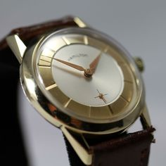 Vintage Watches Collection : 1957 Hamilton Arnold Vintage Watch - Watches Topia - Watches: Best Lists, Trends & the Latest Styles Old Watches, Vintage Watches, Watches For Men, Art Deco Watch, Authentic Watches, Elegant Man, Rockabilly Fashion, High Jewelry, Vintage Love