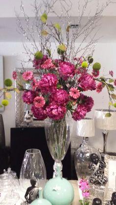 decoración floral fucsia