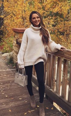 What's Trending: 37 Stylish Outfits Winter Sweater Outfits, Oversized Sweater Outfit, Fall Winter Outfits, Stylish Outfits, Cute Outfits, Cute Sweaters, Beautiful Outfits, Trending Outfits, Autumn Fashion