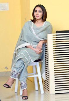 Punjabi Suits Designer Boutique, Boutique Suits, Indian Designer Suits, Simple Kurta Designs, Stylish Dress Designs, Designs For Dresses, Embroidery Suits Punjabi, Embroidery Suits Design, Embroidery Fashion