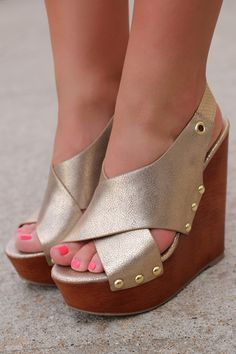 She's All That Wedge | UOIonline.com: Women's Clothing Boutique