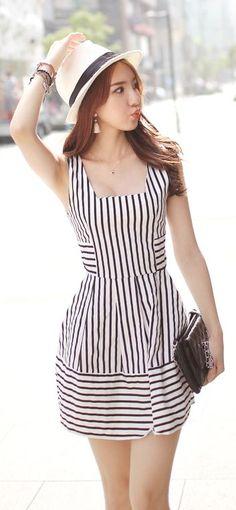 Luxe Asian Korean Women Fashion Refreshing and light Black Dress