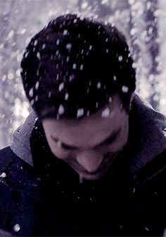 TVD 6x17 I'm just staring at how thick the snow is.