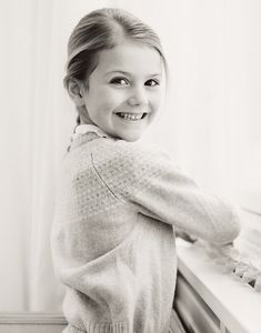 New photos of Princess Estelle released on her 6th birthday