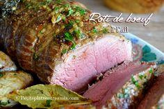 C'est un rôti parfait taillé dans le cœur de rumsteak black angus dont je vous livre la recette aujourd'hui . Ce rôti de bœuf à l'ail à la chair délicateet fondante est un vrai r… Boeuf Angus, Meatloaf, Healthy Recipes, Healthy Food, Pork, Beef, Fish, Cooking, Google
