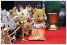 Sylvanian Royal Gala Event: Sylvanian celebrities on the Red Carpet Sylvanian vintage slydale fox